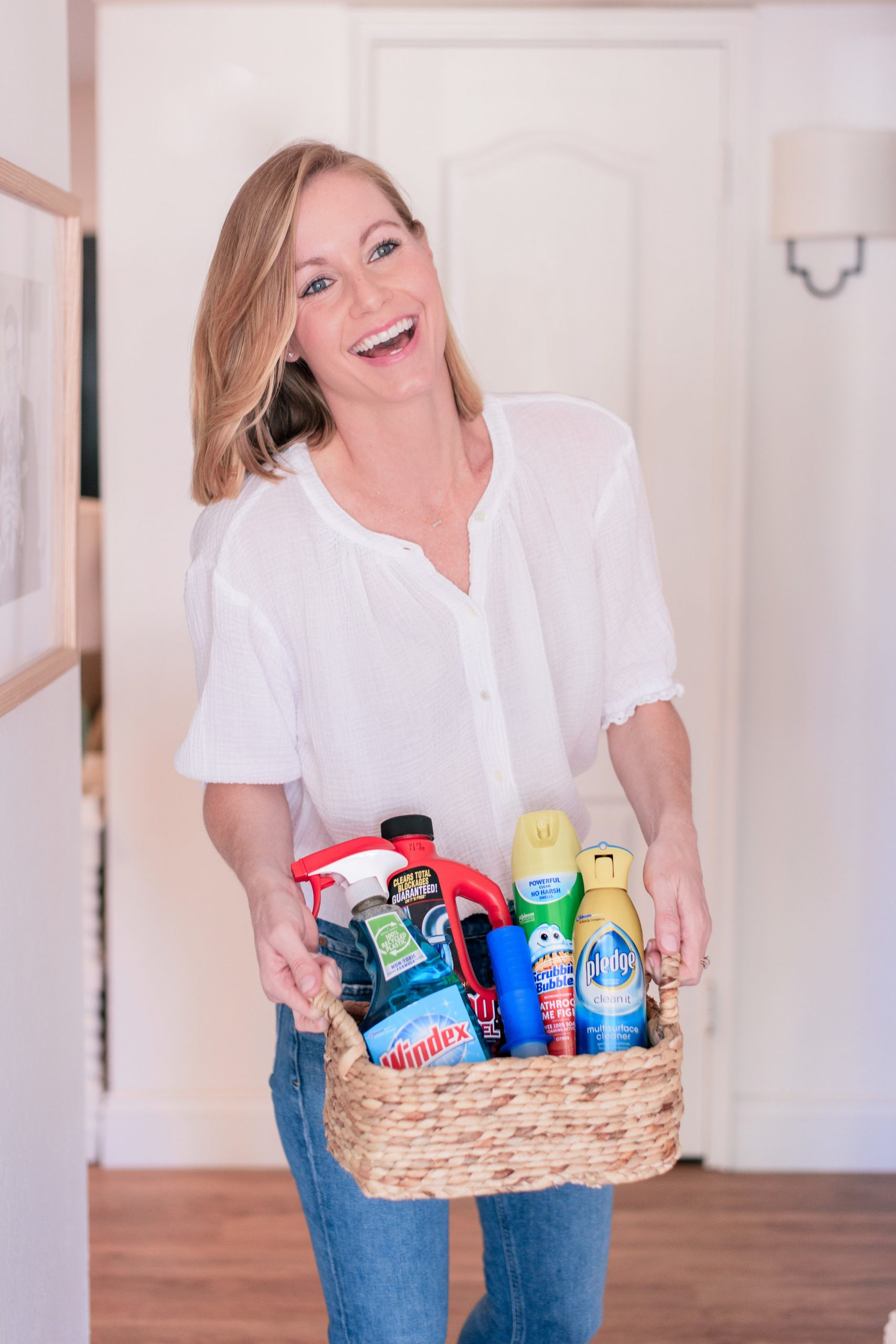 Our Favorite House Cleaning Supplies, Tips & Tricks when Prepping for Guests
