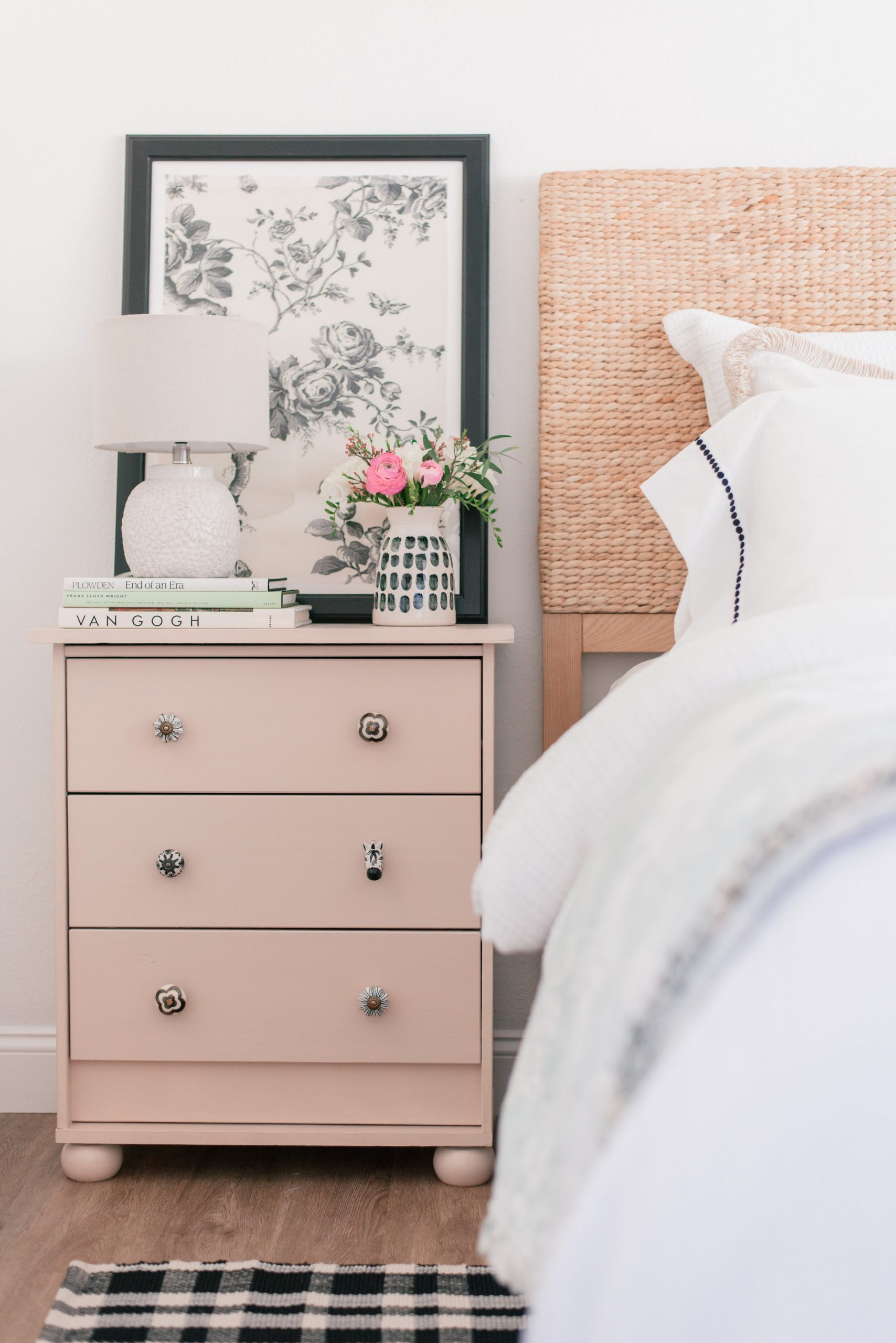 DIY Home Decor: Easy DIY Bedroom Nightstand Makeover