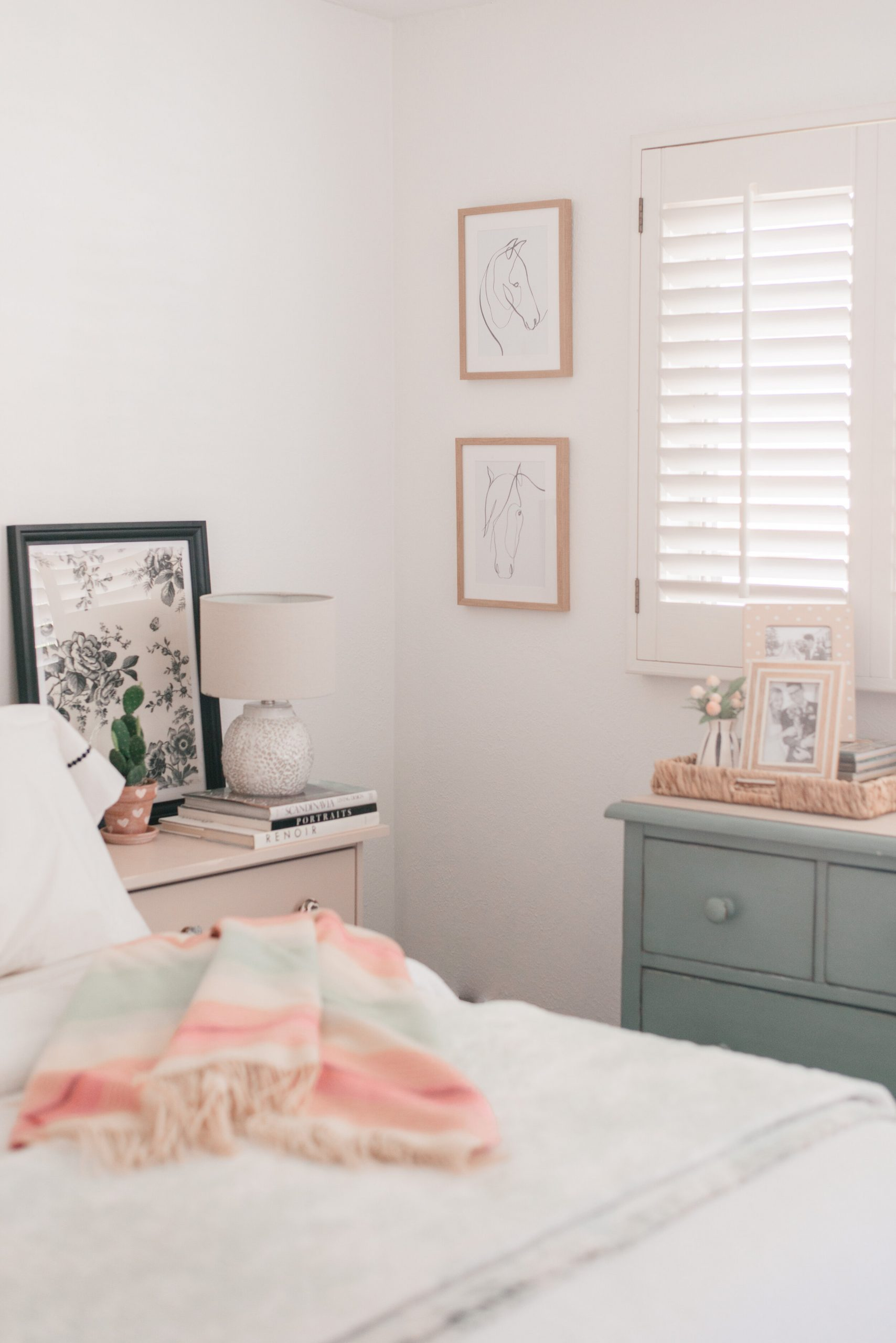 Cottage Style Spring Home Decor to Love: Floral Prints, Pastels & Woven Accents Galore!