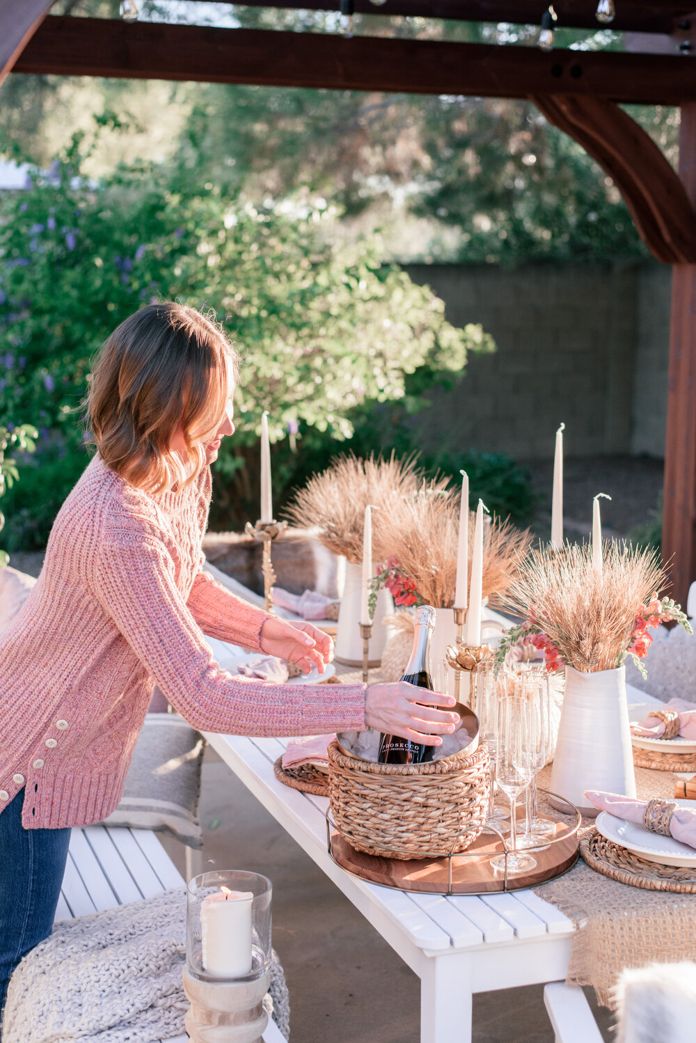 Thanksgiving & Friendsgiving Table Decor Ideas featured by top US lifestyle blog, Love and Specs: Image of  Rustic Thanksgiving table decor.