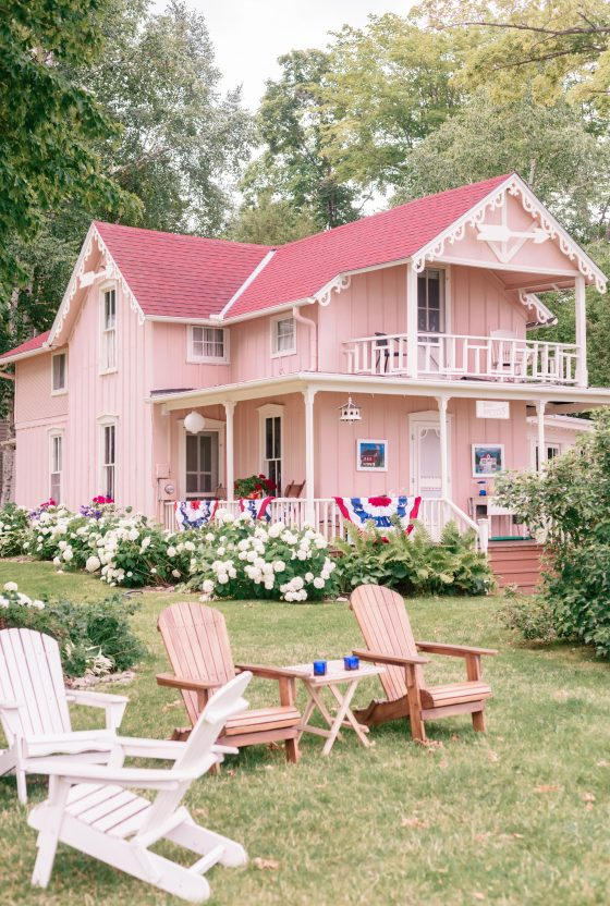 Northern Michigan Cottage Homes Tour by popular Phoenix life and style blog, Love and Specs: image of a Michigan cottage.
