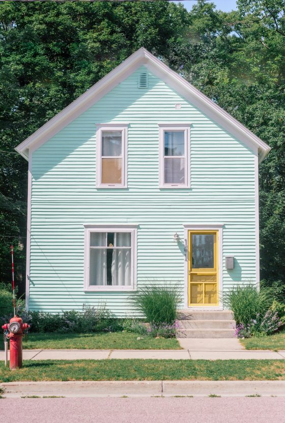 Northern Michigan Cottage Tour: Harbor Springs, Michigan Cottages